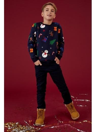 DeFacto Erkek Çocuk Yılbaşı Temalı Sweatshirt Lacivert